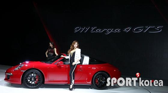 포르쉐 911 타르가 4 GTS 공개