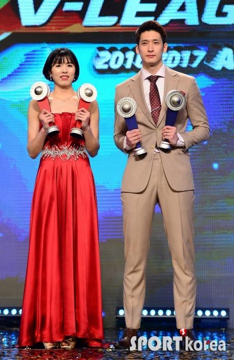 이재영-문성민, V리그 MVP 수상
