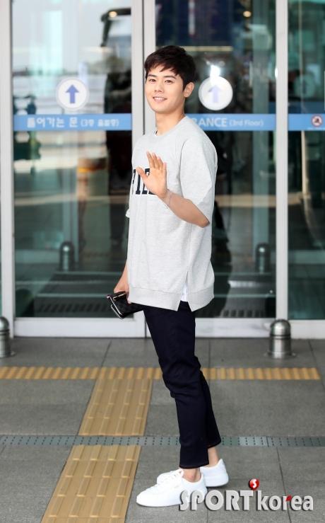 김동준 ` 국민연하남 출국해요`