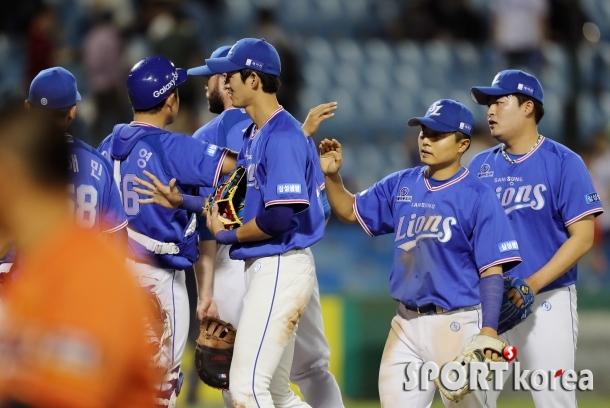 삼성  `6-2 승리 시즌 10승`