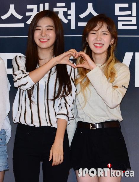 레드벨벳 슬기-웬디 `웃는 모습이 닮았어`