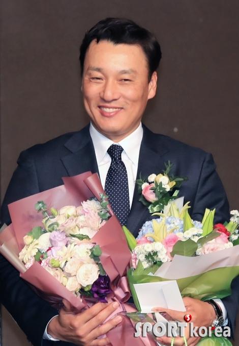 한국 야구 레전드 이승엽, 특별상 수상