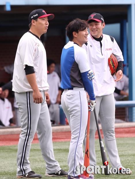 김현수-김상수-양석환 `오손도손 즐거운 대화`