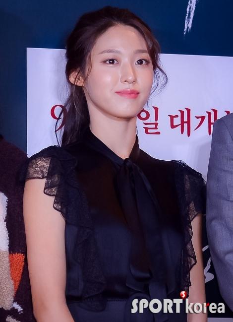 김설현 `오늘도 예쁜 미소`
