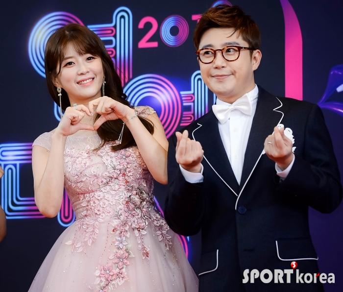 김승혜-김태진 `연예가중계의 감초들`