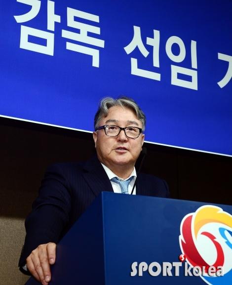 김경문 감독, 이승엽 위원은 코치 제외!