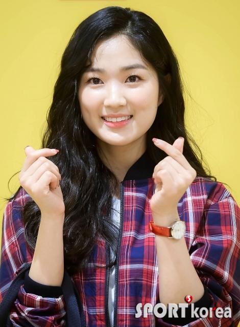 김혜윤 `러블리 그 자체!`