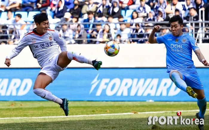 김성주 `첫 골을 향한 집념`