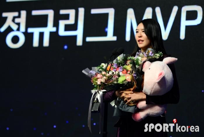 MVP 박지수, KB 통합우승에 도전!