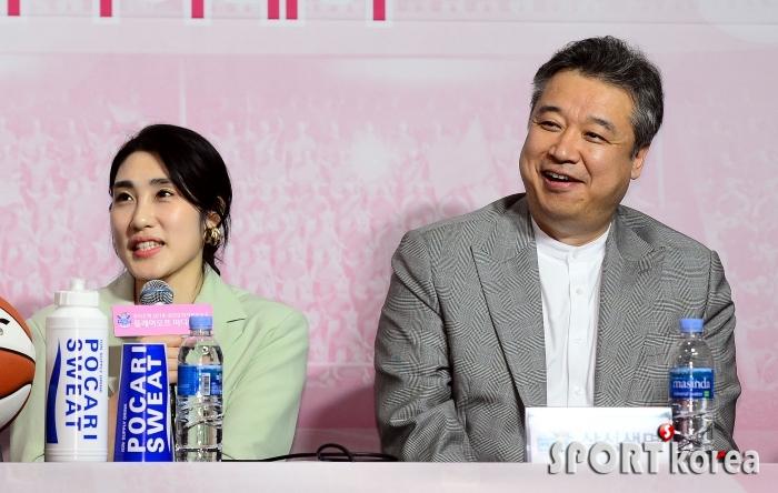 박하나, 임근배 감독님은 향기로운 장미~