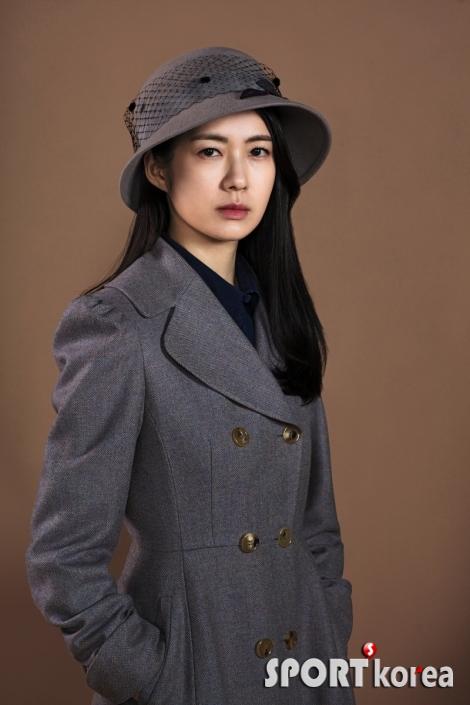 이요원, '이몽' 엘리트 여의사로~