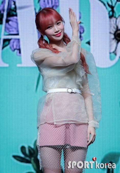 아이즈원 김채원 `사랑스러운 미소`