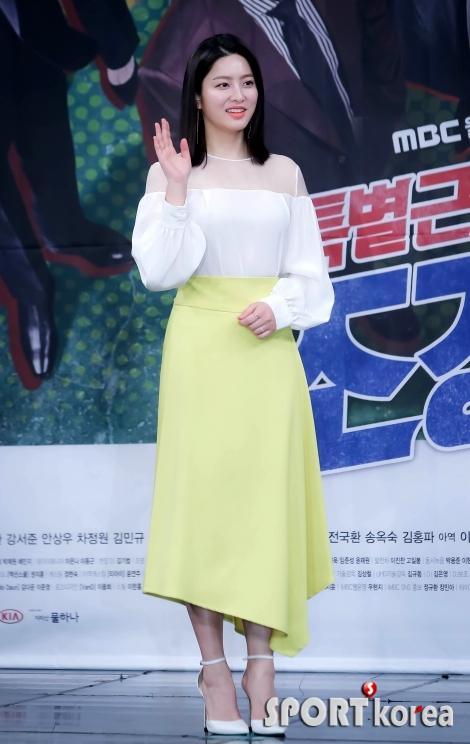 박세영 `봄을 부르는 패션`