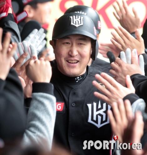 유한준, 선취 3점 홈런