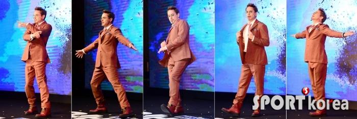 아이언맨 로버트 다우니 주니어, 한국 방문에 신나는 댄스파티!