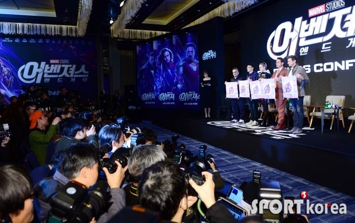 어벤져스, 아시아 첫 기자회견!
