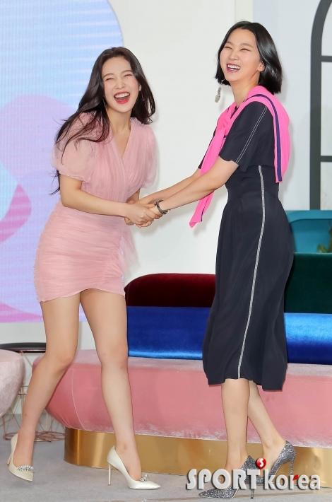 레드벨벳 조이-장윤주 `오랜만에 만난 것처럼 반갑게~`