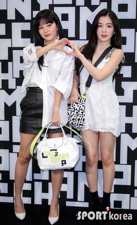 레드벨벳 슬기-아이린 `여신과 여신의 만남`