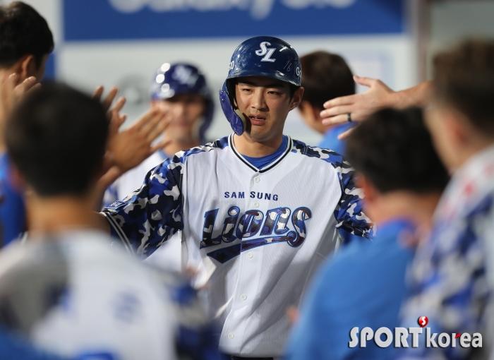 구자욱, 역전 투런 홈런