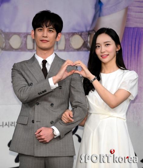 박기웅-박지현, 왕세자와 사관의 알콩당콩 로맨스~