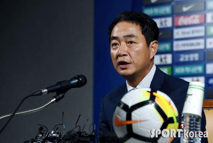 최인철 신임 감독, 세계 축구의 흐름에 맞춰 여자축구의 변화 시