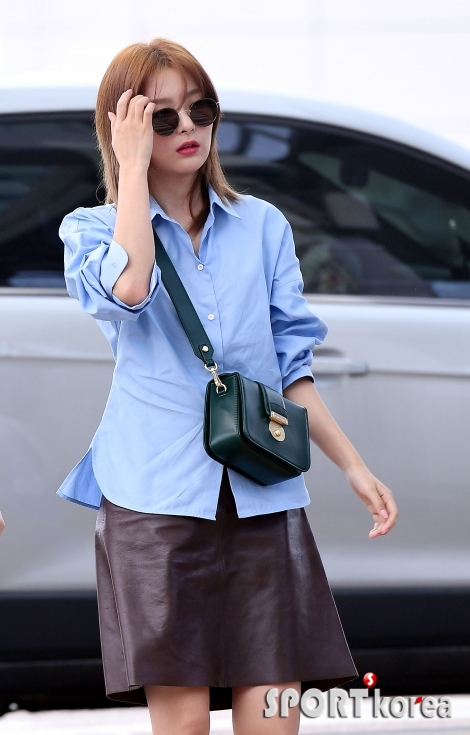 레드벨벳 슬기, 가을 바람이 살랑살랑~