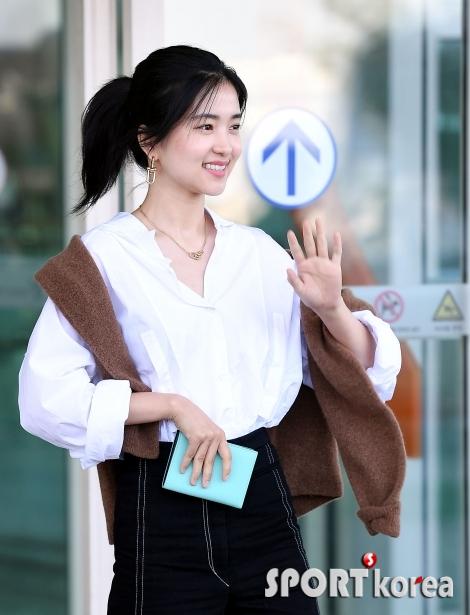 김태리, 무보종 인증 미모~