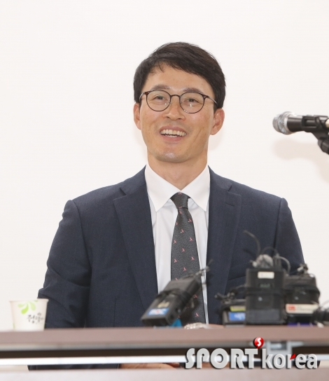 허삼영 삼성 감독, `명문구단의 전통을 이어가겠다`