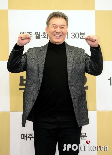 김갑수, 법무장관 꿈을 이뤘습니다~