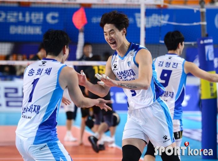 박철우 `승리하고 3위로 올라간다`