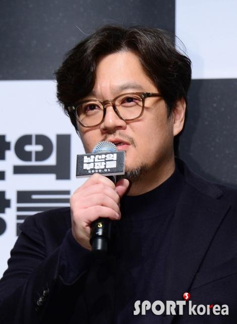 우민호 감독 `이번엔 `남산의 부장들`이야기`