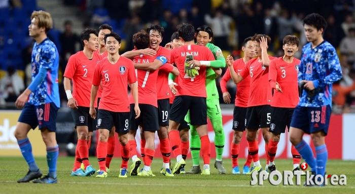 한국, 일본 꺾고 대회 3연패!
