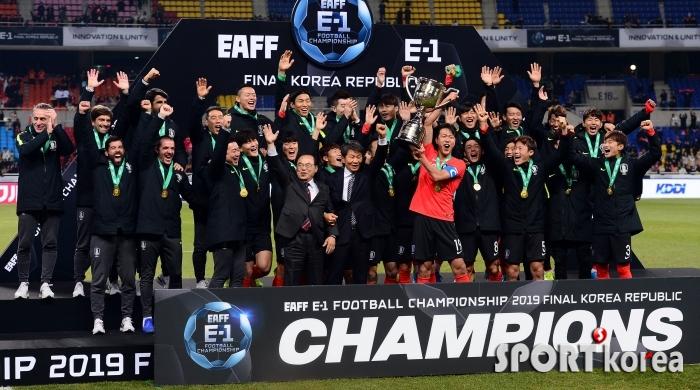 한국, 일본에 승리하며 동아시안컵 정상!