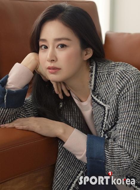 '여신의 귀환' 배우 `김태희` `올리비아 로렌` 새 모델에 발탁