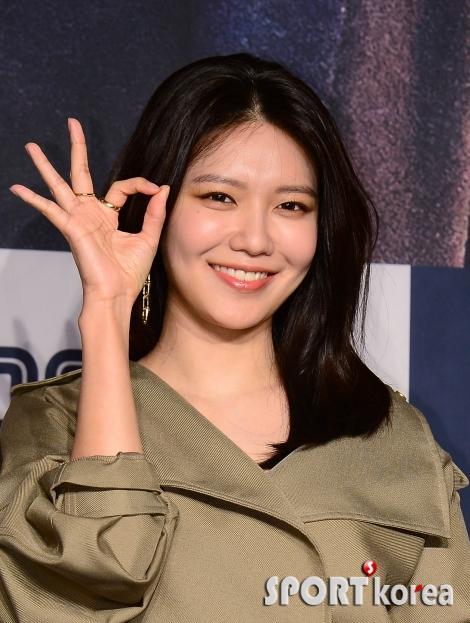 최수영 `소녀시대의 미소`