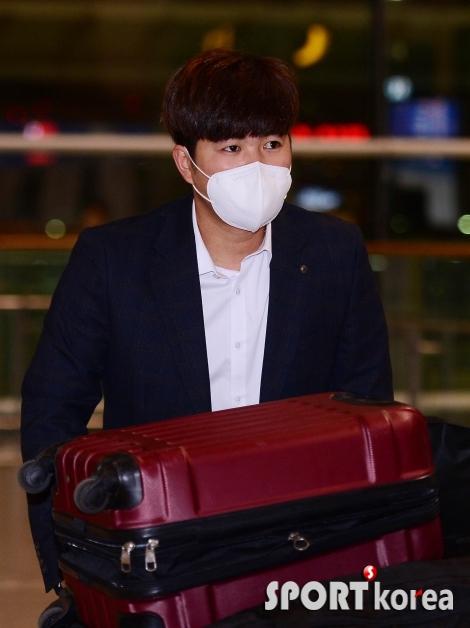 김민식 `코로나 바이러스에 마스크 착용`
