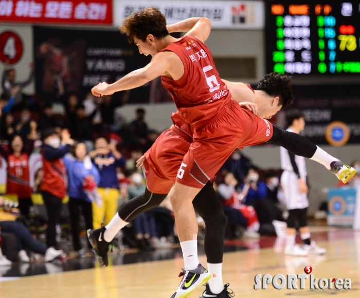 박지훈 `넘어져도 좋아!`