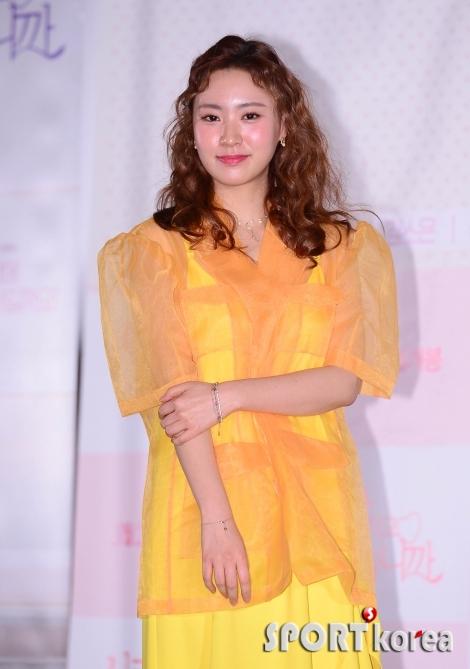 김소혜 `봄 알리는 패션`