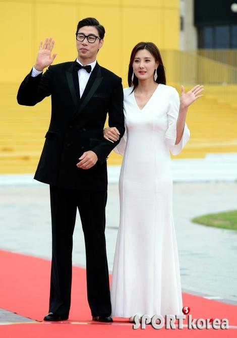 김세진-전혜지 부부 `모델 뺨치는 모습~`