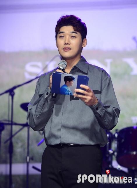 권혁수 `신용재의 쇼케이스 MC`