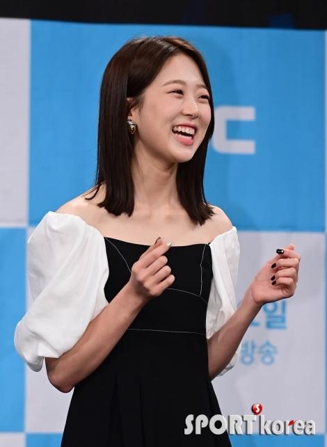 김시은 `귀여운 눈웃음`