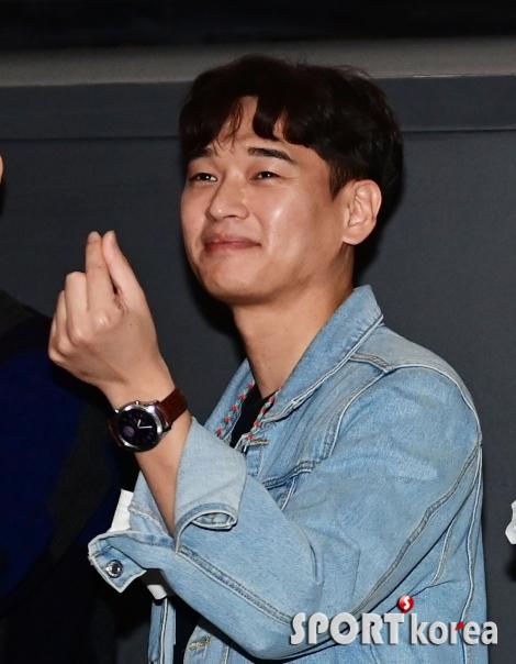 김민기 `인상적인 눈웃음`