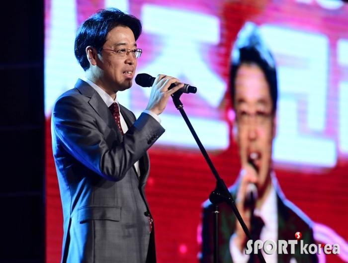 `미시즈 코리아` 개회사 하는 김현중 위원장