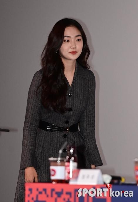 김혜준 `새침한 입장`