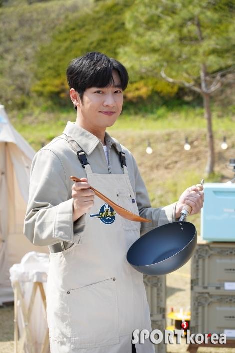 이상엽 `제 요리 실력 기대하세요`
