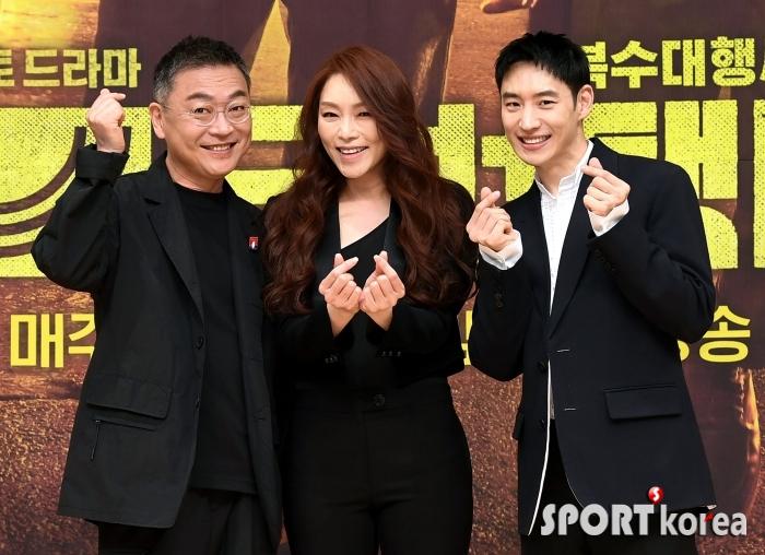 김의성-차지연-이제훈 `사랑가득 모범택시!`
