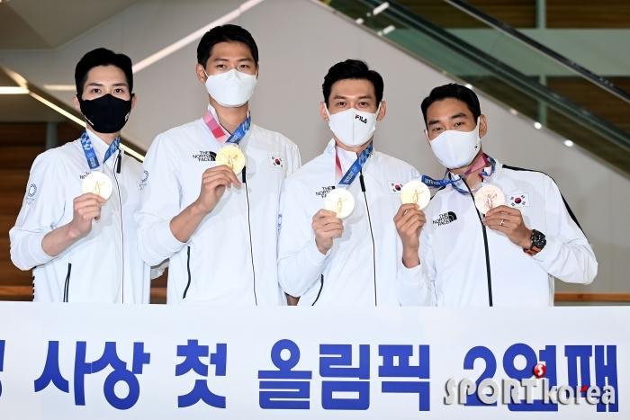 남자펜싱 사브르 단체 금메달 `올림픽 2연패 성공!`