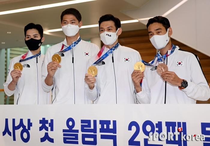 펜싱 사브르 단체 금메달 `9년 만의 올림픽 2연패!`