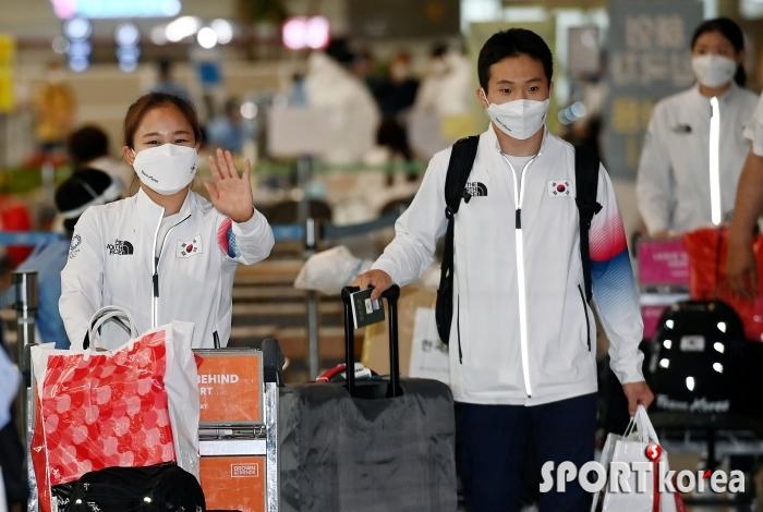 여서정-신재환, 팬들의 환대에 화들짝~