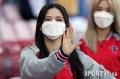 미소로 응원하는 ..